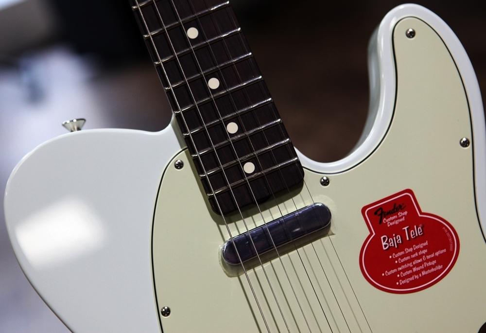 guitars fender classic player baja 39 60s telecaster faded sonic blue rosewood. Black Bedroom Furniture Sets. Home Design Ideas