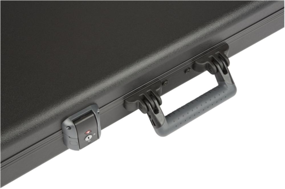 guitars cases fender deluxe moulded stratocaster telecaster case black. Black Bedroom Furniture Sets. Home Design Ideas