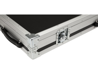 Fender CEO Flight Case With Wheels, Black And Silver