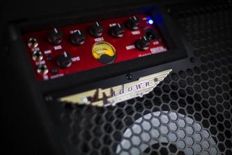 Ashdown OriginAL C210T-300 Kickback Bass Combo Amplifier