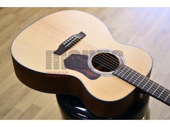 Walden Natura O550E OM Natural Electro Acoustic Guitar
