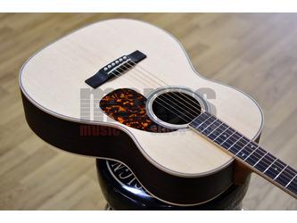 Larrivee 000-40R Rosewood Legacy Series Acoustic Guitar & Case