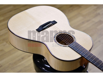 Auden Artist Special Chester 000 Acoustic Guitar & Case