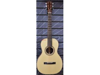 Huss & Dalton Small Body O Single-O Natural All Solid Acoustic Guitar & Case