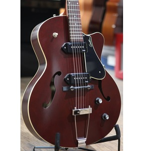 Godin 5th Avenue CW Kingpin II - Burgundy Archtop Semi Acoustic Guitar & Case