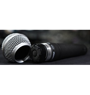 Shure SM58 Legendary Dynamic Vocal Microphone