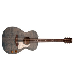 La Patrie Collection QIT Electro Classical Nylon Guitar