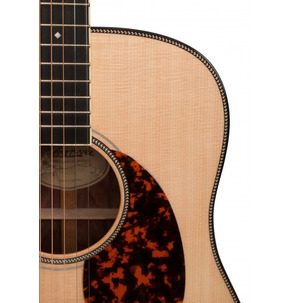 Larrivee D-60 Traditional Series Acoustic Guitar & Case