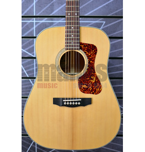 Guild Westerly D-140 Dreadnought Natural All Solid Acoustic Guitar & Case