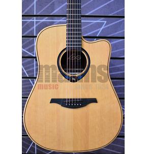 Lag Tramontane Hyvibe 30 THV30DCE Electro Acoustic Smart Guitar & Case