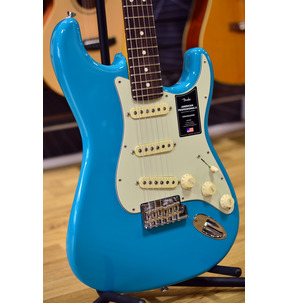 Fender American Professional II Stratocaster, Miami Blue, Rosewood