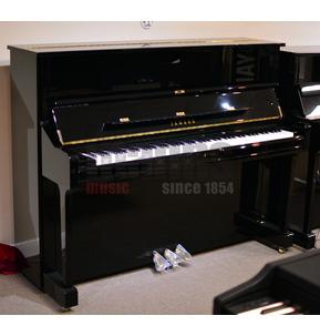 Yamaha U1Q Acoustic Upright Piano in Polished Ebony and Free UK Ground Floor Delivery
