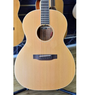 Auden Neo Chester 000 Electro Acoustic Guitar & Case