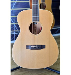 Auden Neo Bowman OM Electro Acoustic Guitar & Case