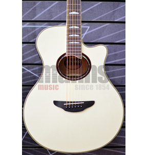 Yamaha APX1000 Pearl White Concert Electro Acoustic Guitar