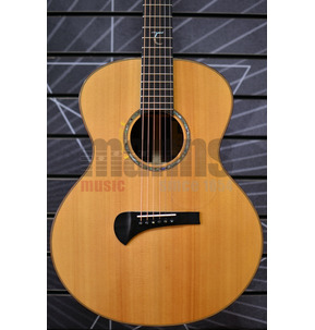 Tanglewood MasterDesign TSR 2 Auditorium Natural All Solid Electro Acoustic Guitar & Case B-Stock