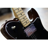 Fender Classic Series '72 Telecaster Deluxe, Walnut, Maple B-Stock