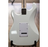 Fender Squier Bullet Strat with Tremolo, Arctic White, Indian Laurel