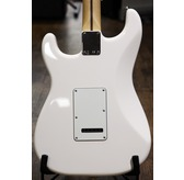 Fender Standard Strat, Arctic White, Maple