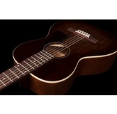 Art & Lutherie Roadhouse Acoustic Guitar & Gig Bag - Bourbon Burst